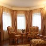 Дизайн штор для гостиной в классическом стиле
