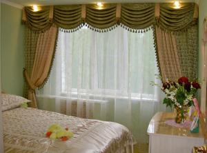 Шторы для спальни в ассортименте